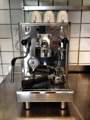 bezzera bz10 kaffeewiki die wissensdatenbank rund um espresso espressomaschinen und kaffee. Black Bedroom Furniture Sets. Home Design Ideas